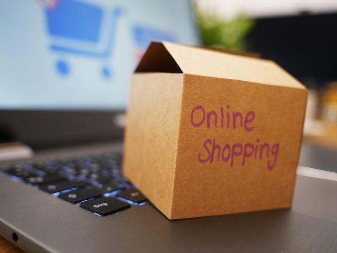prawidłowy zwrot towaru do sklepu internetowego